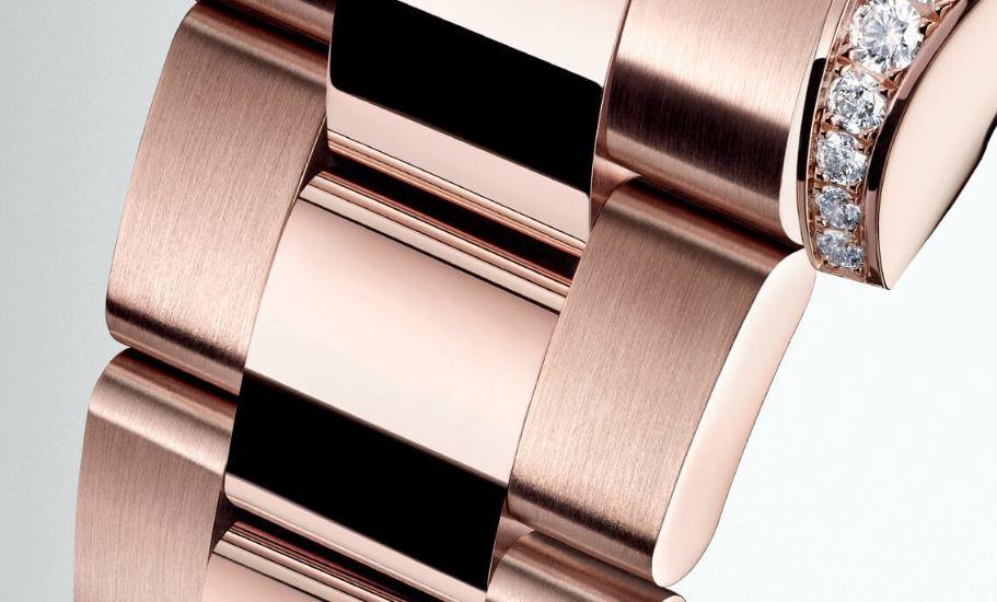 Dây đồng hồ Oyster Perpetual Cosmograph Daytona bằng vằng Everose thể hiệu sự quý phái